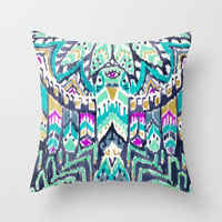 parrot-tribe-pillows